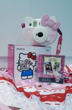 Fuji instax hello kitty