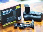 [ขาย] Battery Grip Vertax E8 For Canon 550D/600D/650D/700D